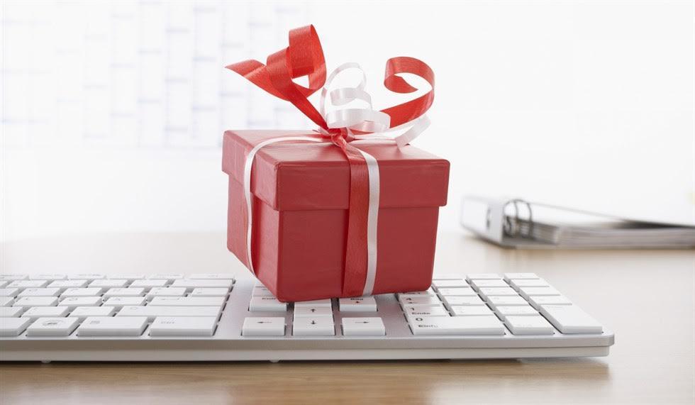 Christmasiscoming tempo di regali di natale in ufficio - Regali da ufficio ...
